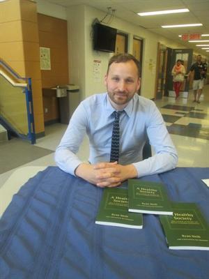 Le Dr Ryan Meili