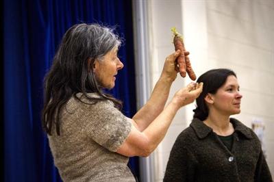 Judith Ternier et Janice Sanford Beck, conférencières sur le jardinage biologique et et la conservation des graines.