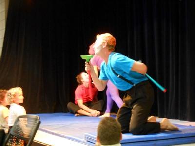 Le cirque Nova en prestation.jpg