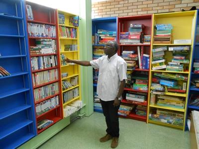 Gilbert Havugiyaremye, documentaliste au Lien à Gravelbourg