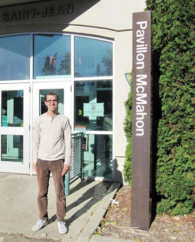 Le Fransaskois Émile Fortier étudie au Campus St-Jean en Alberta.