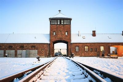 Le 27 janvier 1945 que le camp de concentration d'Auschwitz, en Pologne, a été libéré par les Russes.
