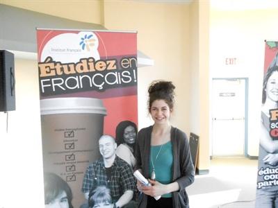 Emily Gage, récipiendaire de la bourse Gladys Arnold, étudiante au Certificat français langue seconde