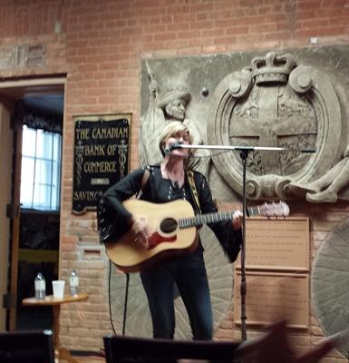 Nathalie Ladouceur en spectacle en Saskatchewan