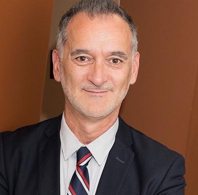 Ronald Boudreau, le directeur des Services aux francophones de la FCE