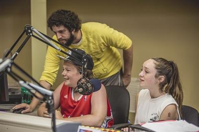 Atelier de radio au Camp voyageur