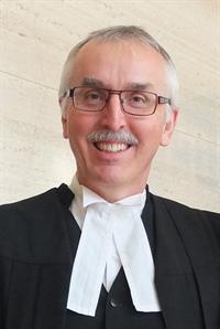 Roger Lepage <br>avocat, 62 ans <br>(Regina)