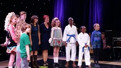 Les participants de la Saskatchewan pour le Galala de cette année (2e édition) avec l'animatrice Nathalie Nadon (au centre)