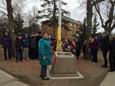Maria Lepage et la levée du drapeau fransaskois à Gravelbourg
