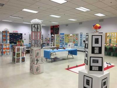 Exright d'arts visuels des élèves de l'École Ducharme