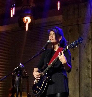 """Ariane Marÿke Lemire au spectacle-lancement """"On est pas des cowgirls"""" à Saskatoon-"""