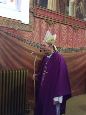 L'Archevêque Mgr Donald Bolen a célébré une messe dans sa ville natale, Gravelbourg, le 27 novembre 2016.