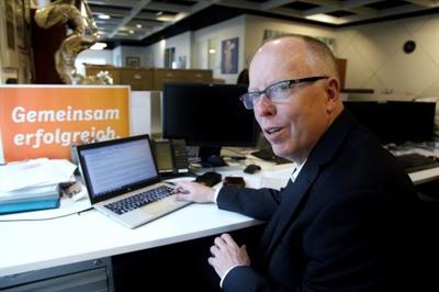 John Hinds, PDG de Journaux canadiens