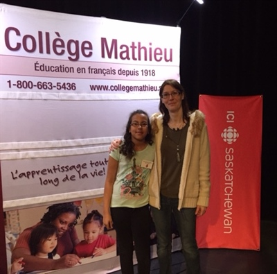 Néliah et Sandra Hassan-Farah avant le début du Grand Quiz 2017