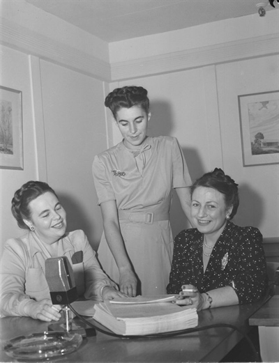 Marcelle Barthe, Judith Jasmin et Berthe Lavoie