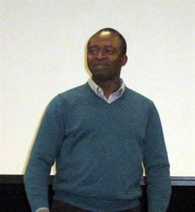 Michael Akinpelu, professeur à La Cité universitaire francophone