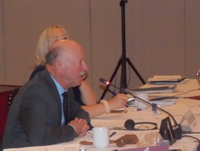 L'honorable Denis Paradis, président du Comité permanent des langues officielles