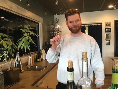 Josh Mclean, propriétaire du Homestead, bar à vin de Regina
