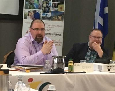 Le président de l'ACF, Denis Simard et le directeur général, Ronald Labrecque lors de l'Assemblée des députés communautaires le 6 avril 2019