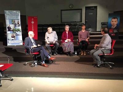 Les membres du panel sur les droits linguistiques des Fransaskois