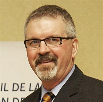 Robert Therrien, directeur général du Conseil économique et coopératif de la Saskatchewan de 1995 à 2019