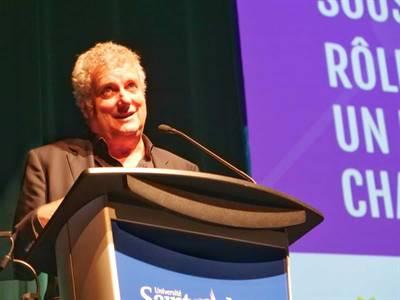 Sylvain Lafrance, professeur à HEC Montréal et président du conseil d'administration de TV5 Numérique