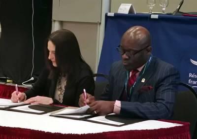 Signature d'un protocole pour former des journalistes francophones