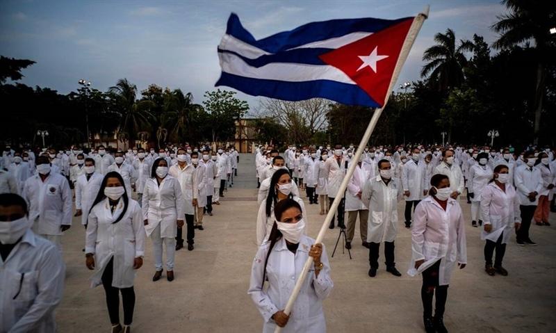 Personnel médical à Cuba