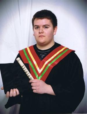 Edward Simon, finissant de l'école Sans-Frontières